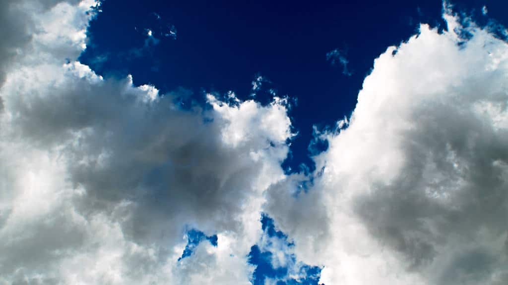 photographing clouds