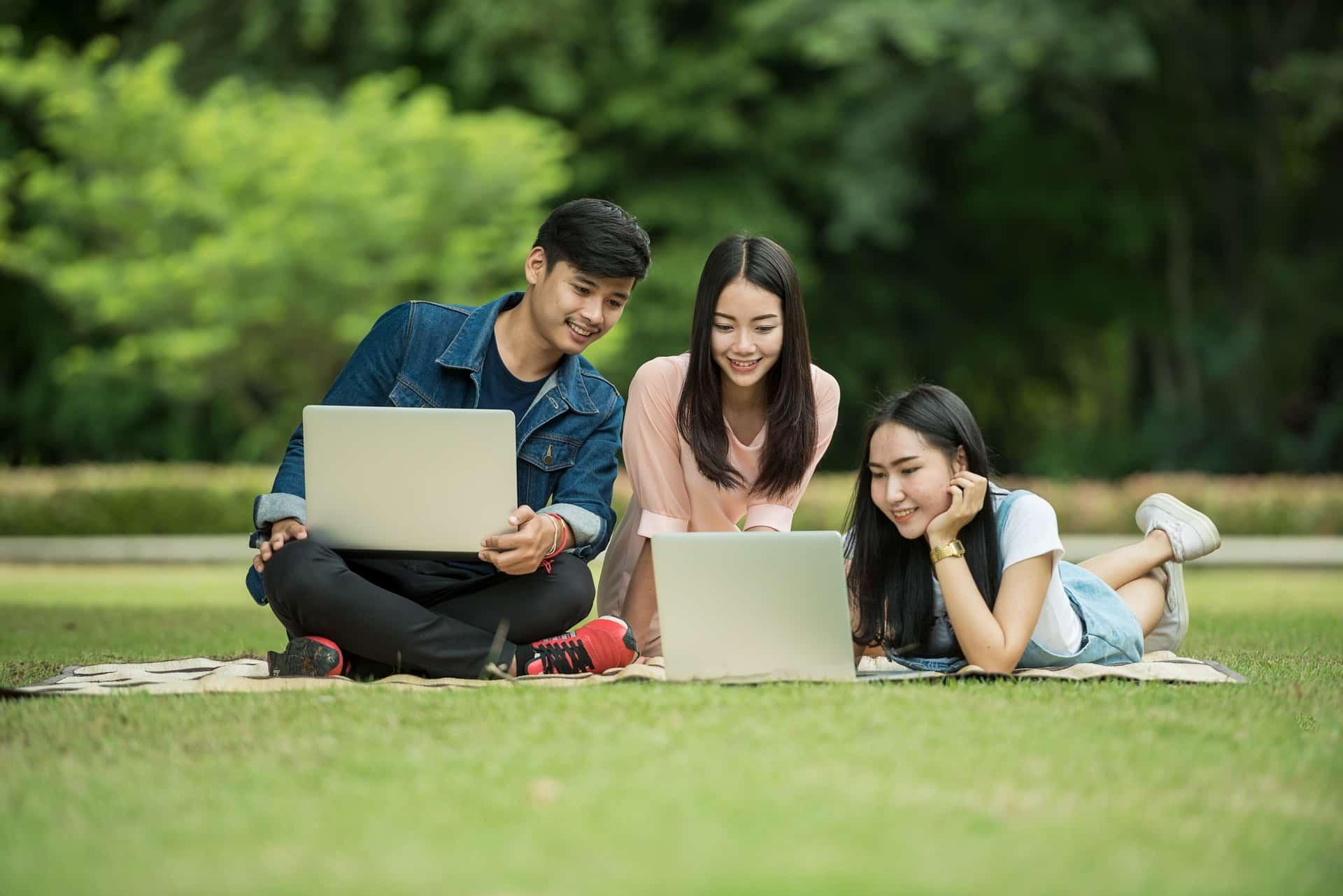 Best VPN for school & college students to unblock websites | Comparitech