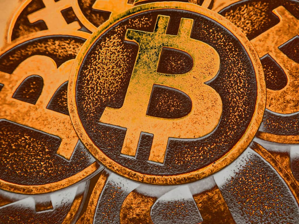 How to Mix Bitcoins and Send Bitcoin Anonymously - Comparitech